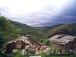 Stonehouses_in_the_hills_1